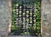 green-wall-by-evergreen-interiors--2