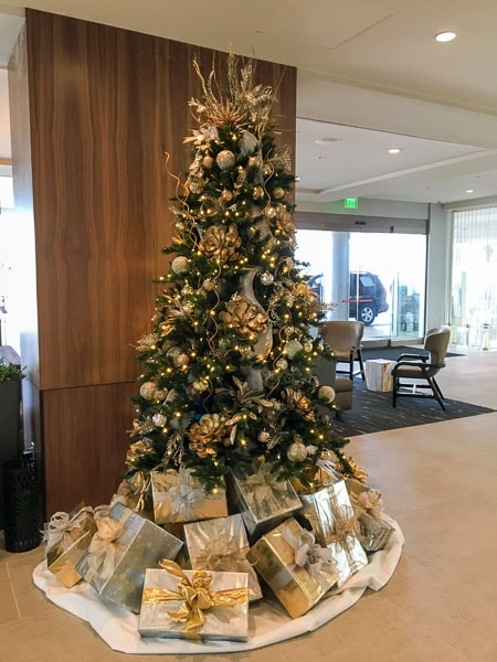 christmas-holiday-decor-san-diego-6