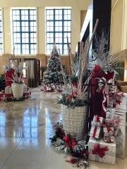 Custom-Commercial-Holiday-Decor-San-Diego-2018-3
