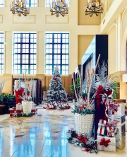 Custom-Commercial-Holiday-Decor-San-Diego-2018-5